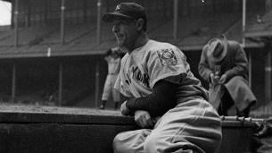 Gehrig's bat sells for more than $1 million