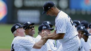 Yankees celebrate Old-Timers' Day