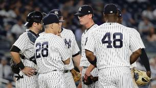 Girardi trying to ease pressure on scuffling club