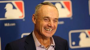 Manfred talks overseeing teams, pleasing fans