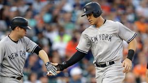 Lineup switch aids Yankees in blowout win