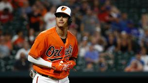 Orioles deal Machado to Dodgers for five prospects